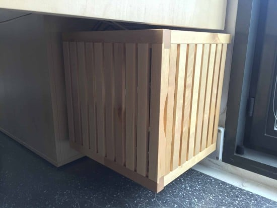 IKEAHackers-Wood_server_closet_06