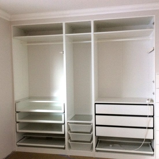 built in pax wardrobe and nightstand ikea hackers ikea hackers. Black Bedroom Furniture Sets. Home Design Ideas