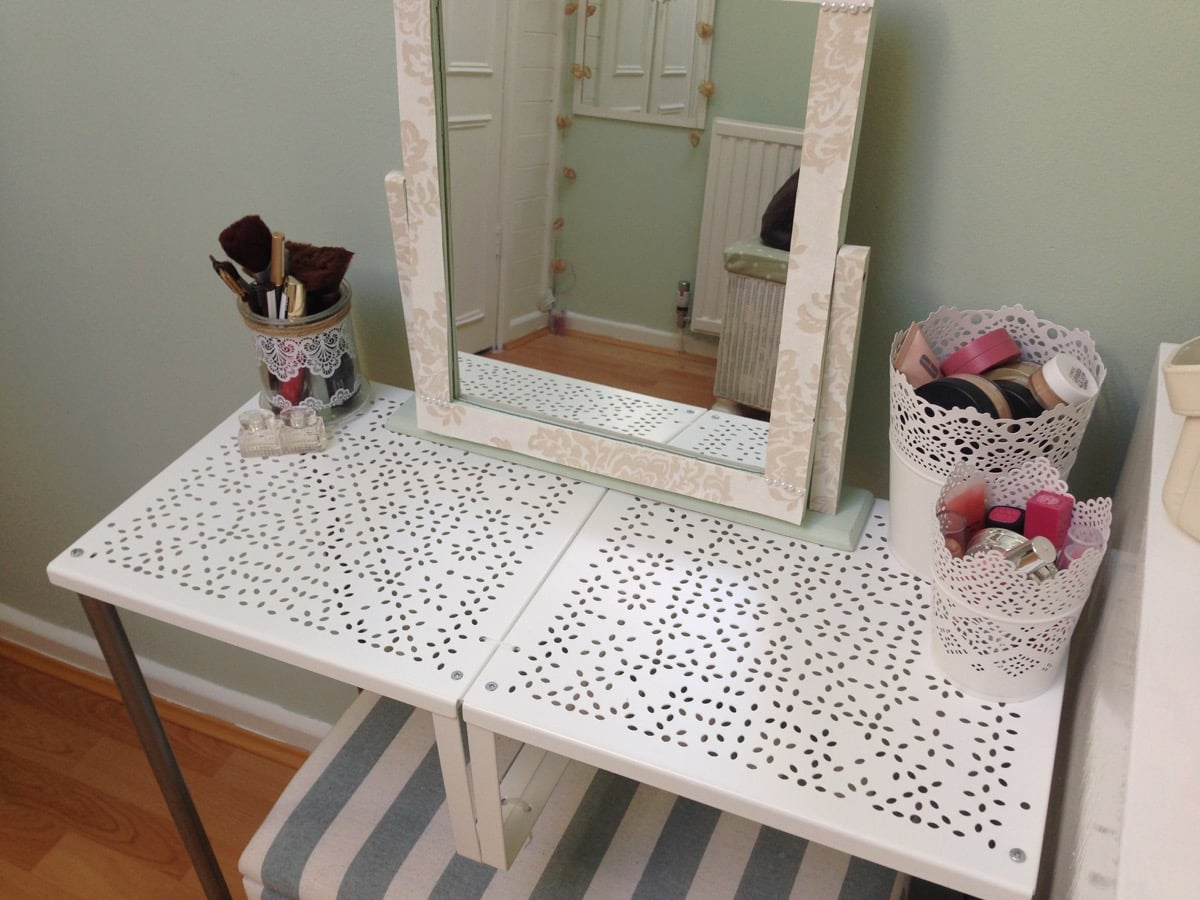 turn variera shelf inserts into a gorgeous dressing table ikea hackers ikea hackers. Black Bedroom Furniture Sets. Home Design Ideas