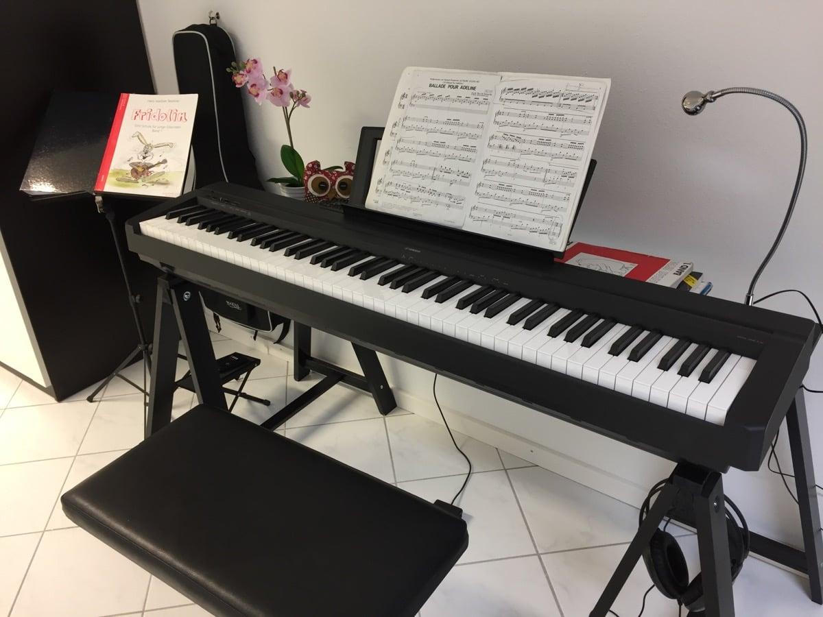 Groovy Oddvald Piano Stand Ikea Hackers Bloglovin Machost Co Dining Chair Design Ideas Machostcouk