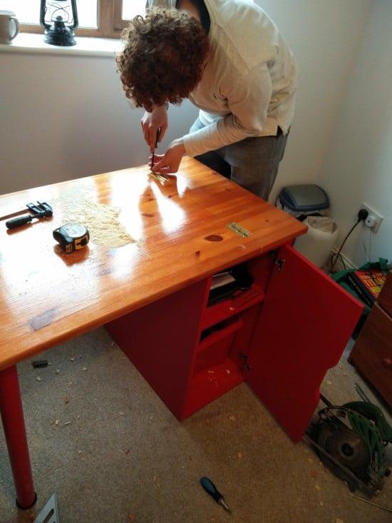 linnmon-collapsible-desk-hack-1