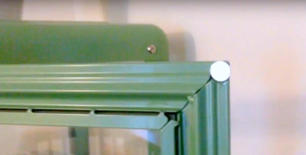 IKEA FABRIKÖR glass cabinet - magnetic door catch