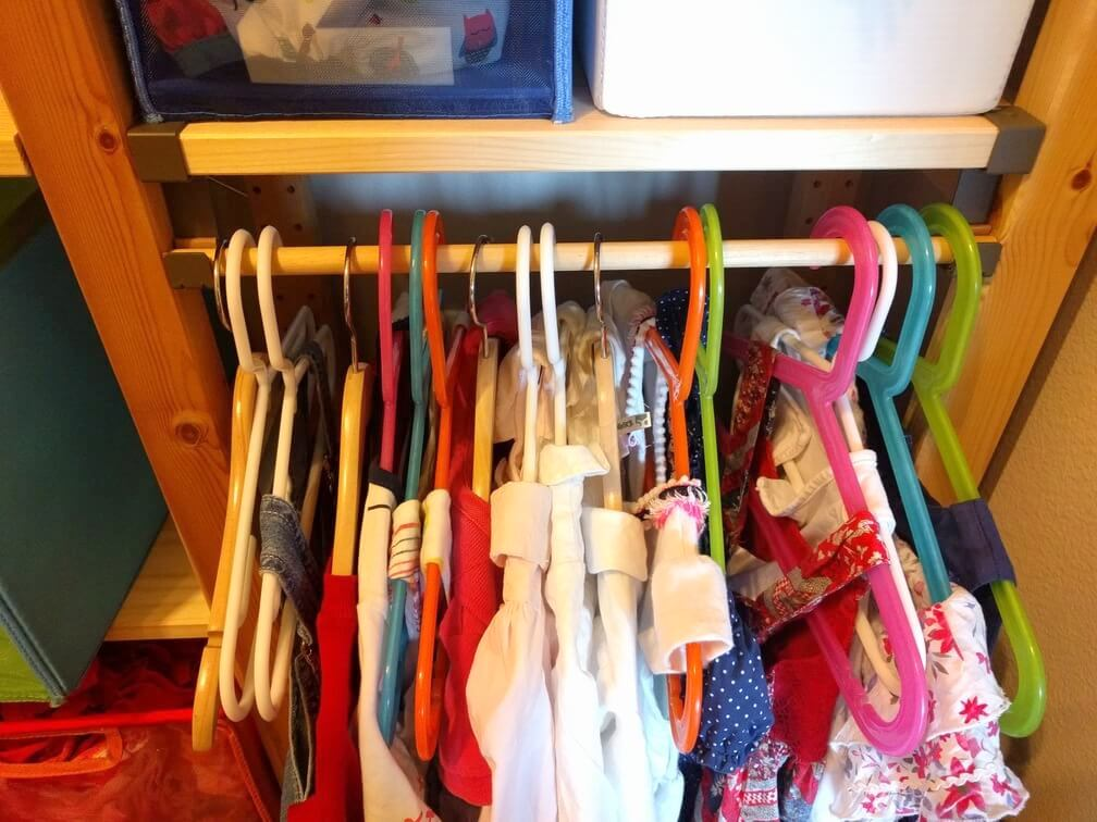 No-screw kids clothes rack on IKEA IVAR