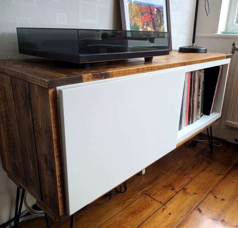 BESTÅ record player stand - IKEA Hack
