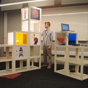 interactive-display-stand-4