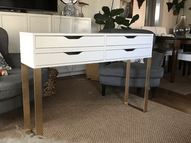 Modern Makeup Table With 4 Drawers For Storage