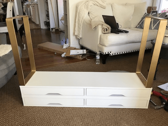 DIY A Modern Makeup Table With 4 Drawers For Storage