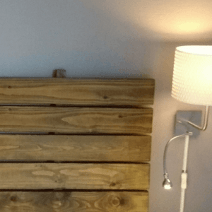 wall-lamp-with-spot-reading-lamp-bedside