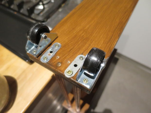 Narrow rolling kitchen cart: Perfect for in-between gaps