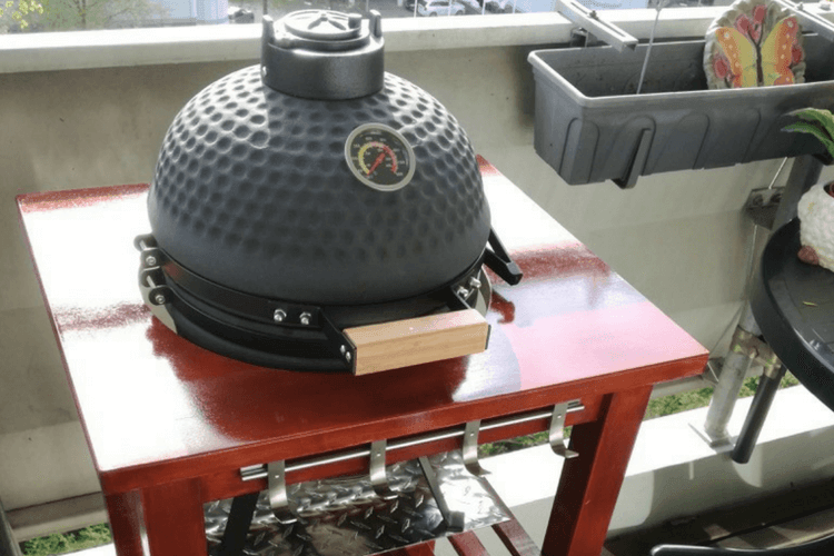 Bon BBQ Grill Table For My Mini Kamado