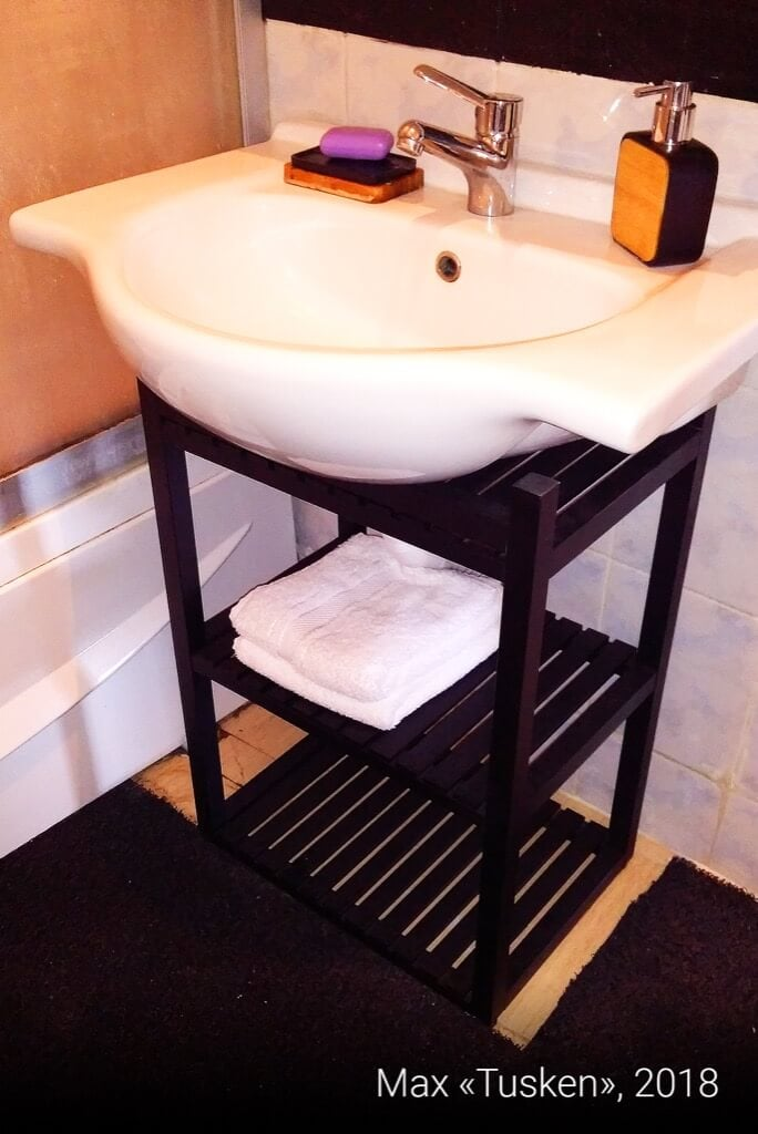 Hack a lightweight, wooden washbasin cabinet