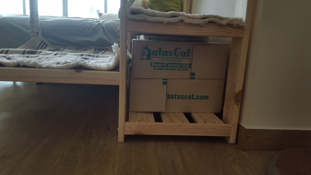 Cheap and Easy Cat Climber for fat and clumsy cat