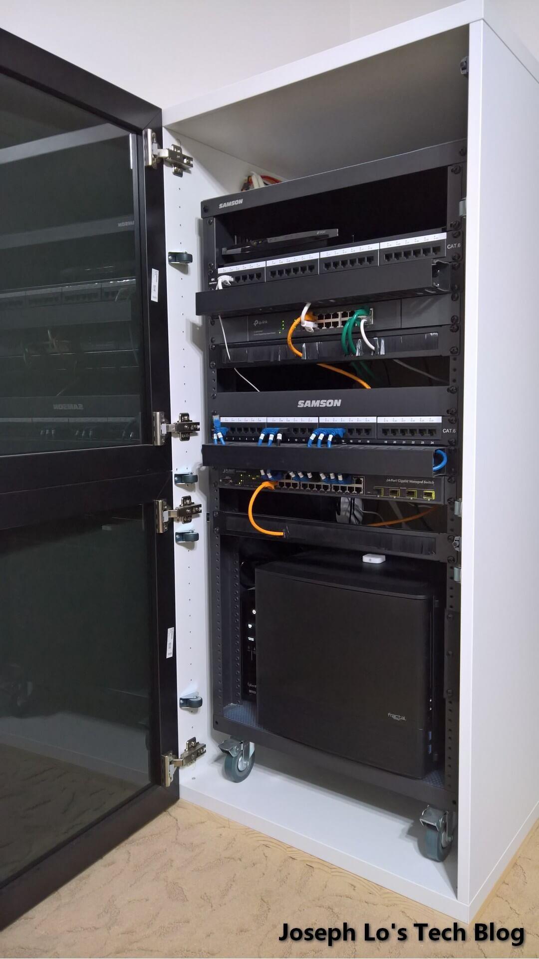 Computer Hoekkast Ikea.Diy Server Cabinet Using Ikea Parts Ikea Hackers