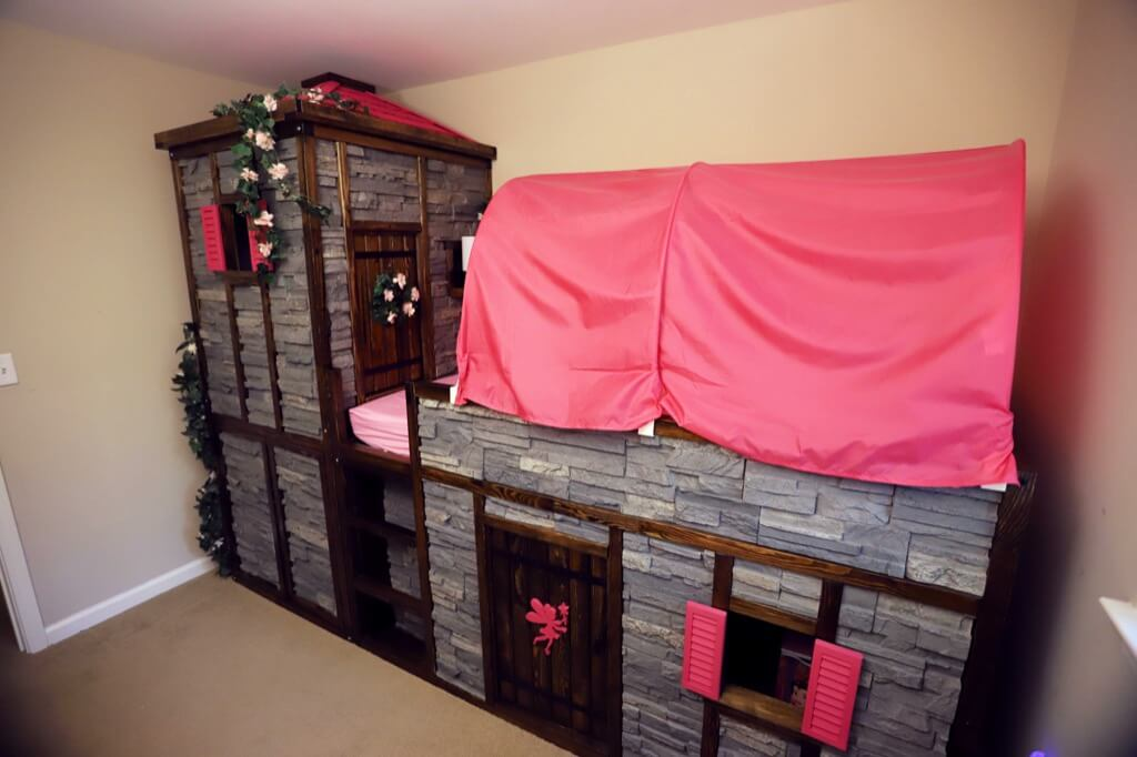 Dad Does It Hacks The Most Amazing Princess Castle Bed