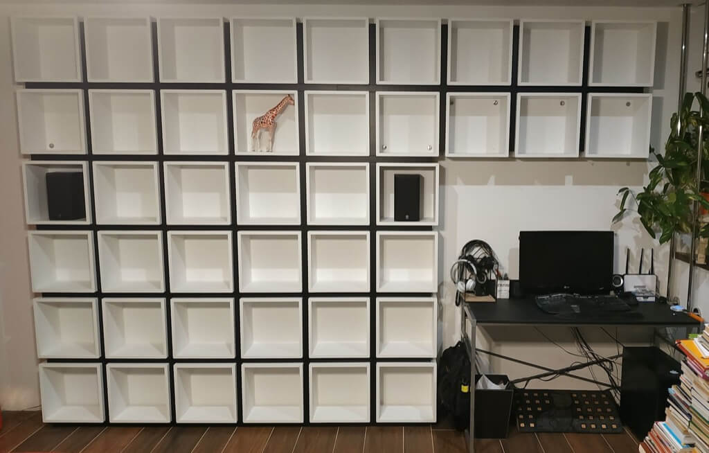 42 Ekets Make A Unique Ikea Cube Bookcase Ikea Hackers