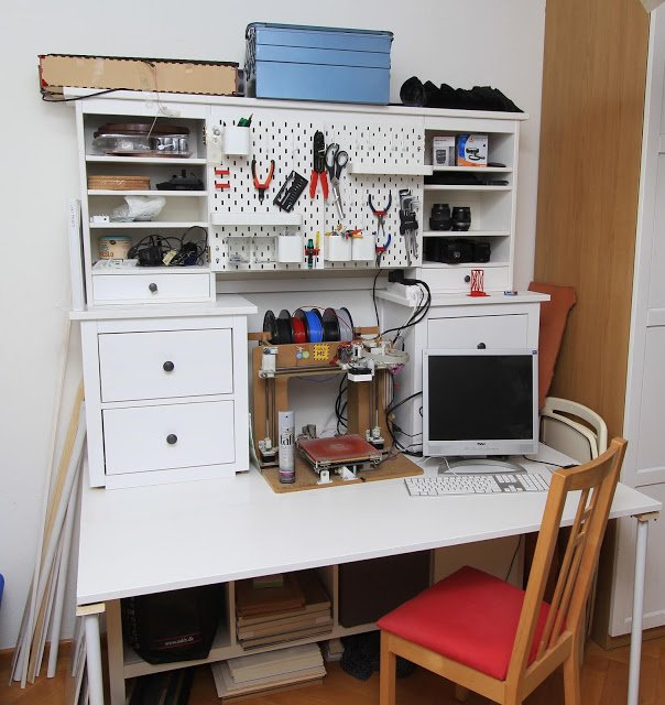 3D printer workbench - IKEA hack completed