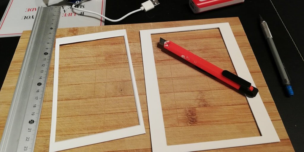 cutting the RIBBA picture mat