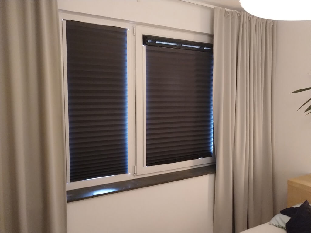 Rental Friendly No Drill Built In Magnetic Blinds No Sag Ikea Schottis