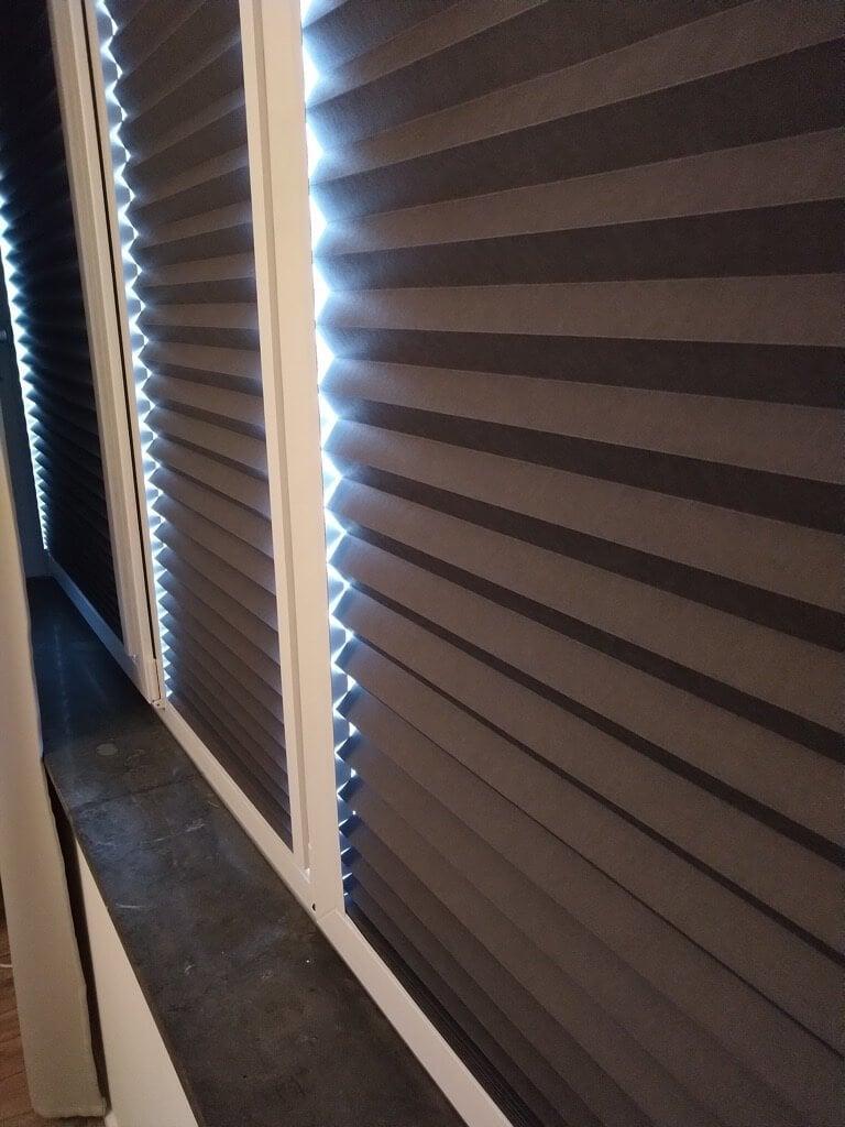 SCHOTTIS built in Magnetic blinds closed