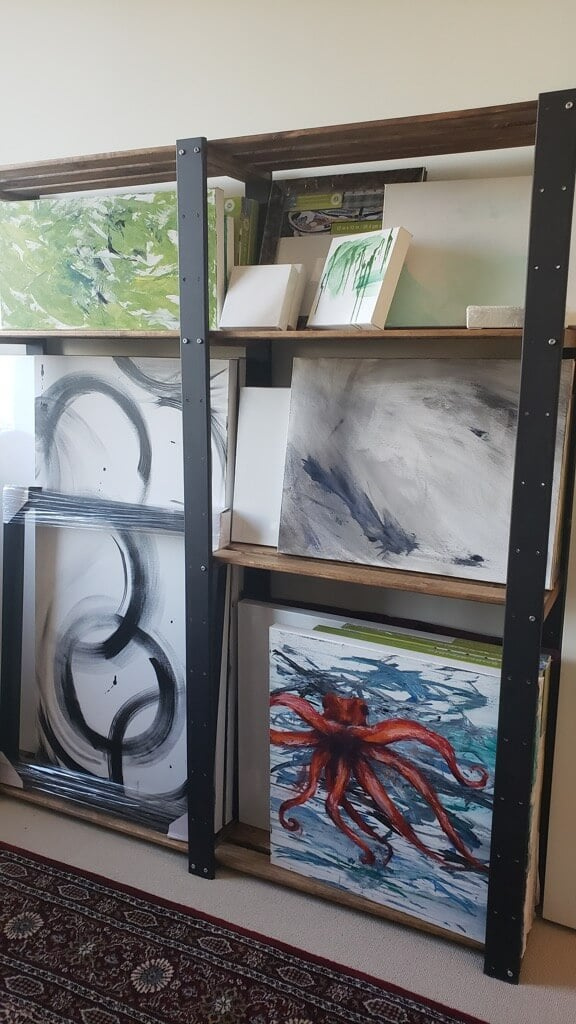 HEJNE as art canvas storage rack