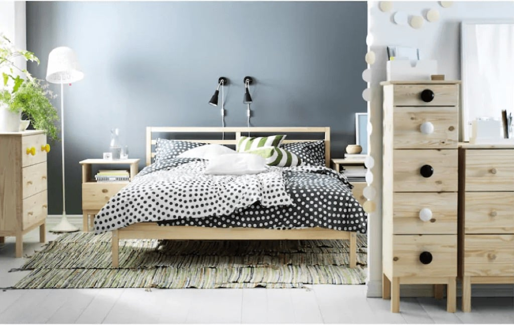 Tarva queen bed frame - even lower price