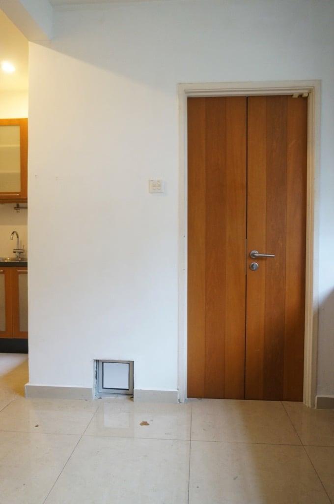 door to yard
