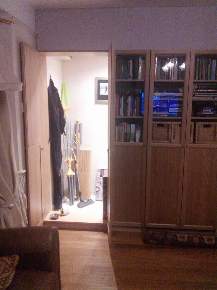 Hide the storeroom