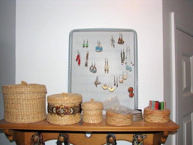 earring holders