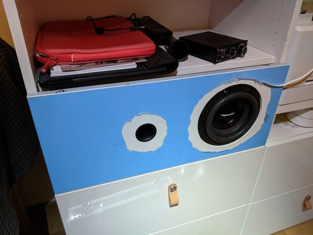 fitting the speaker