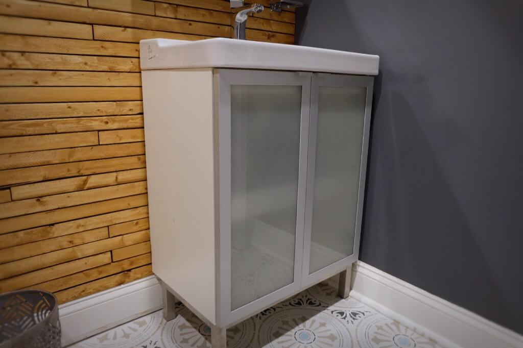 Fullen Sink Vanity Unit Gets Extra Countertop Shelves Ikea Hackers