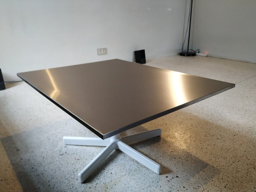 height adjustable rotating coffee table