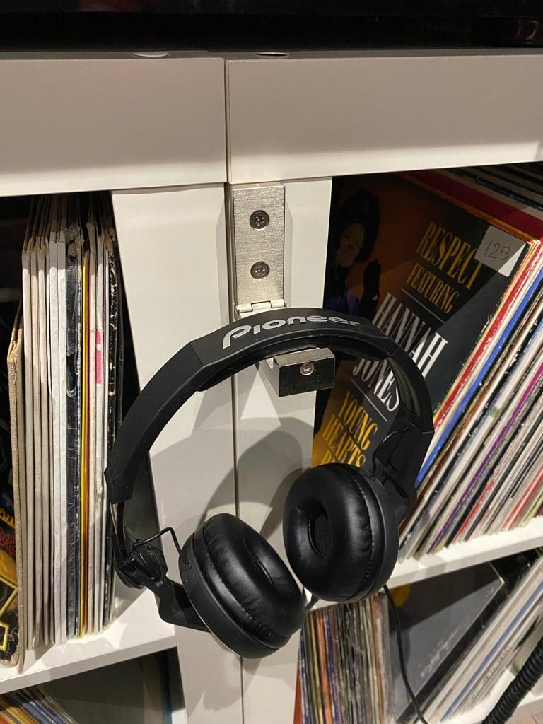 BJARNUM hooks for headphones