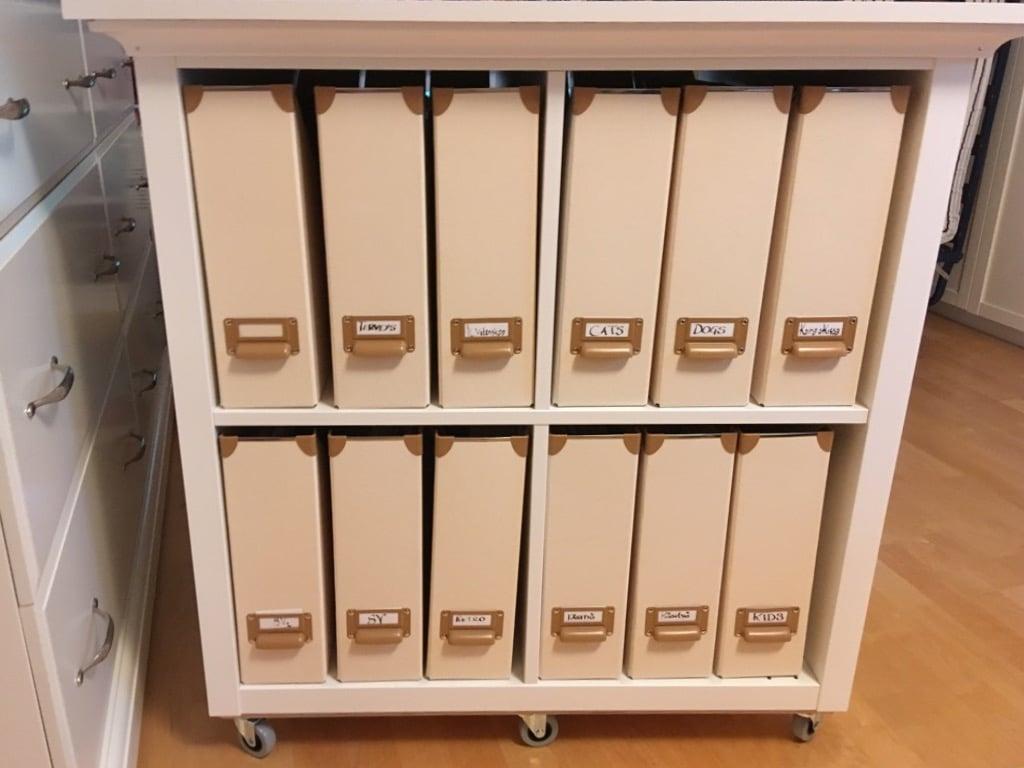 movable matching magazine stand IKEA KALLAX hack