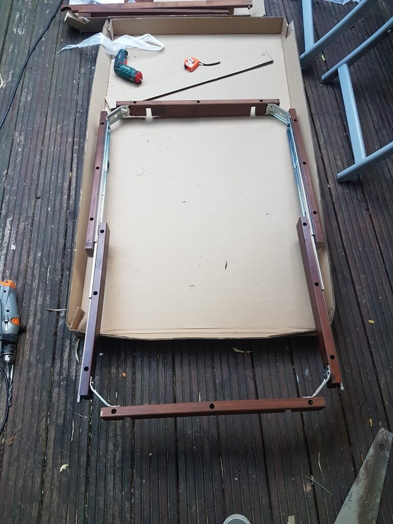 ÄPPLARÖ balcony table hack
