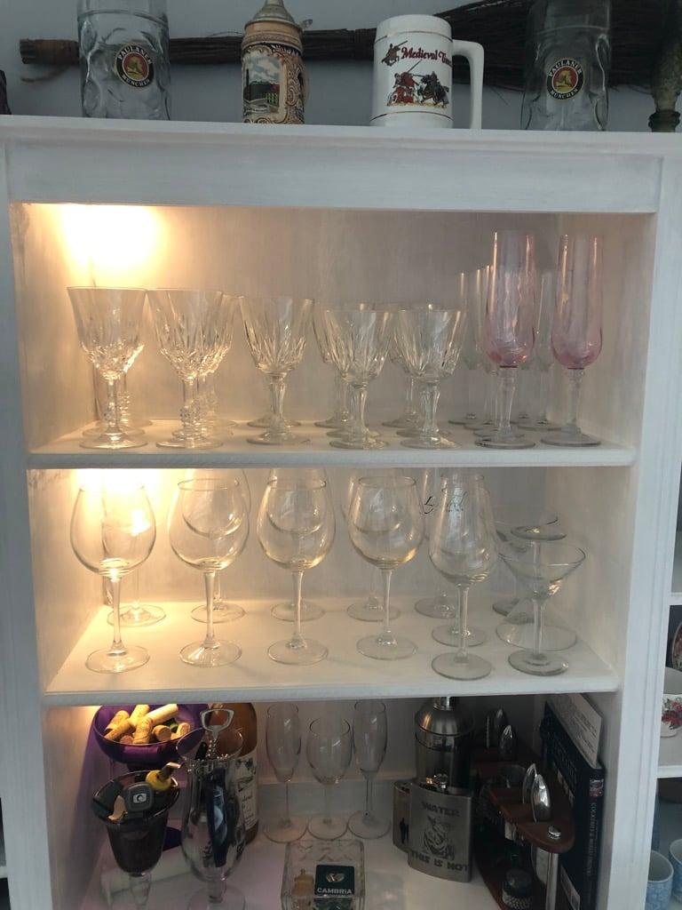 dining room bar - glasses
