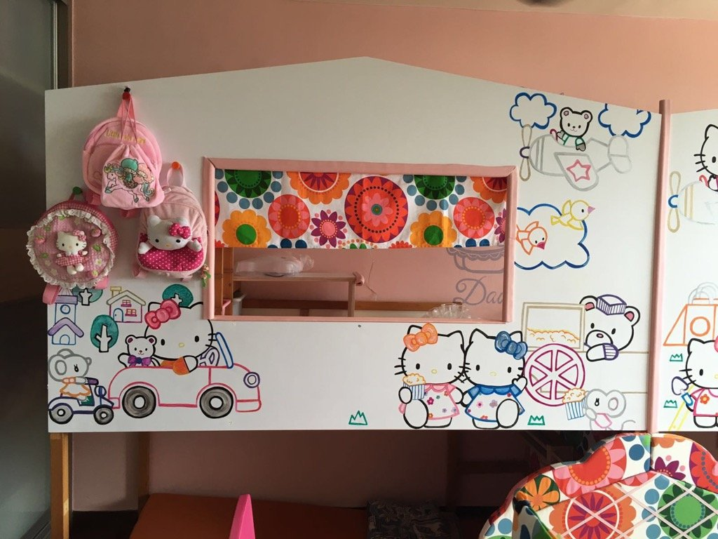 DIY Hello Kitty Bed and Playland - stairs