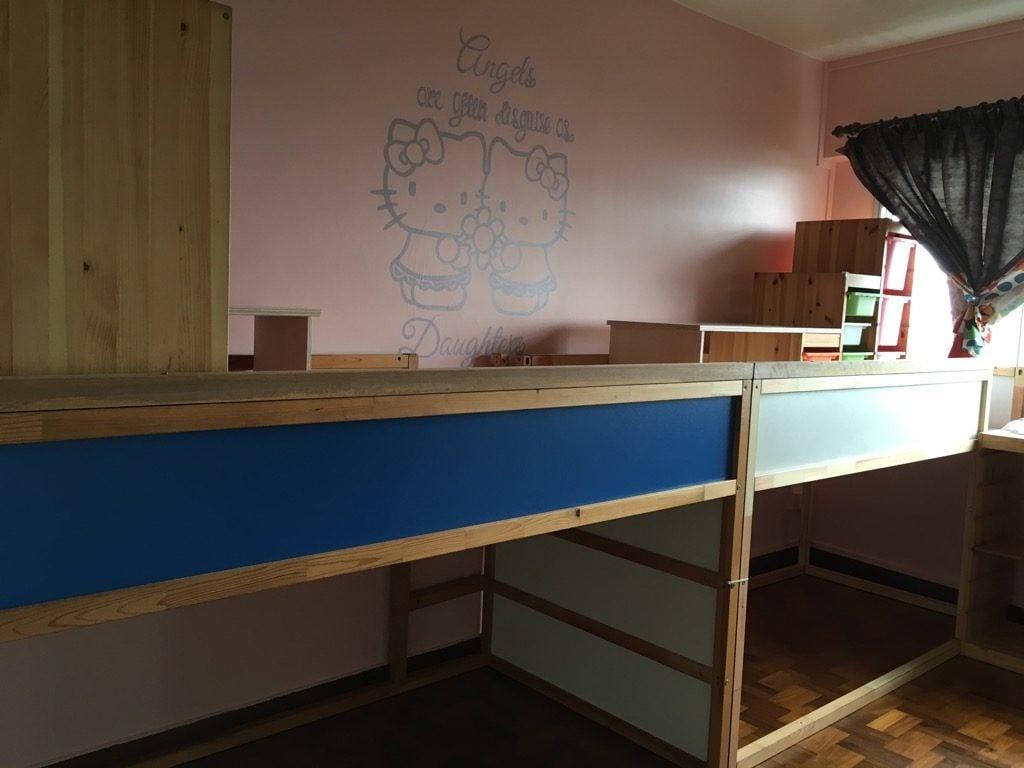 KURA loft bed