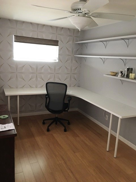 corner floating desk