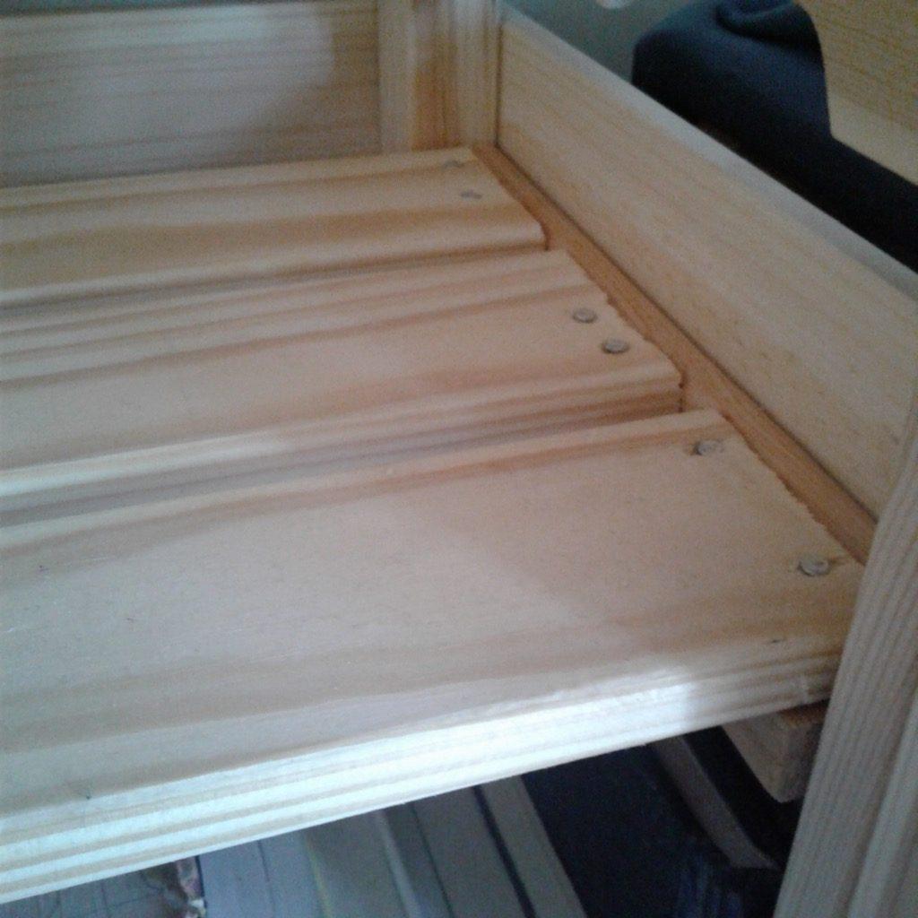 KNAGGLIG crate bookshelf