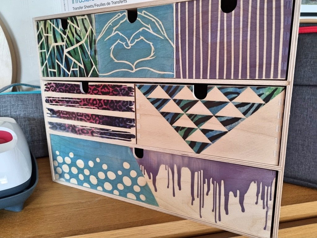Moppe wooden chest with infusible ink transfer sheets