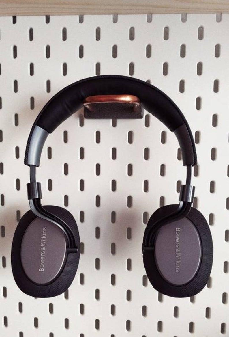 IKEA SKÅDIS pegboard accessories for headphone