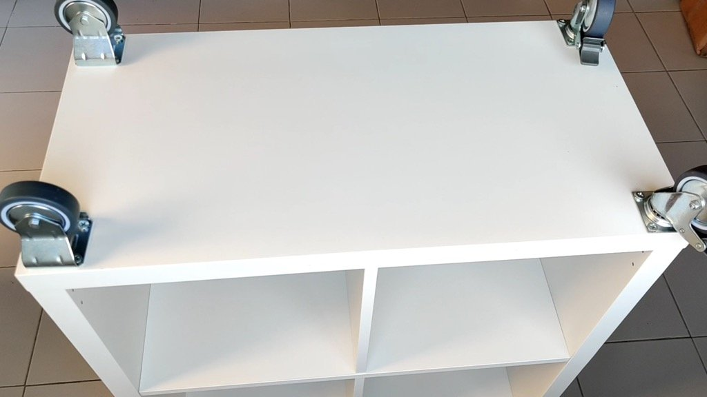 attach wheels -detachable portable kitchen island, IKEA hack
