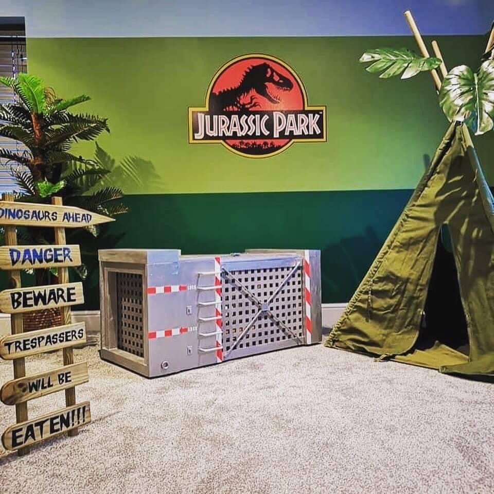 Jurassic park themed room