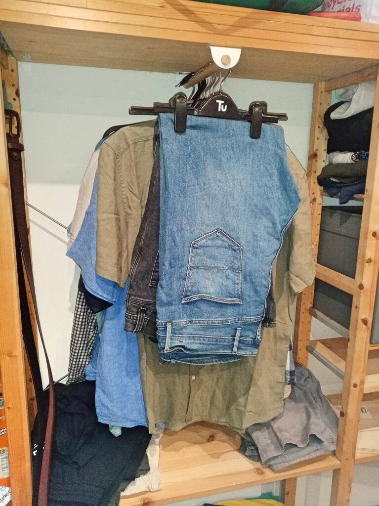 front facing clothes rail for IVAR