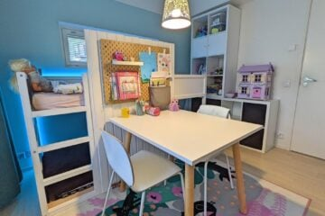 girl's room with large desk