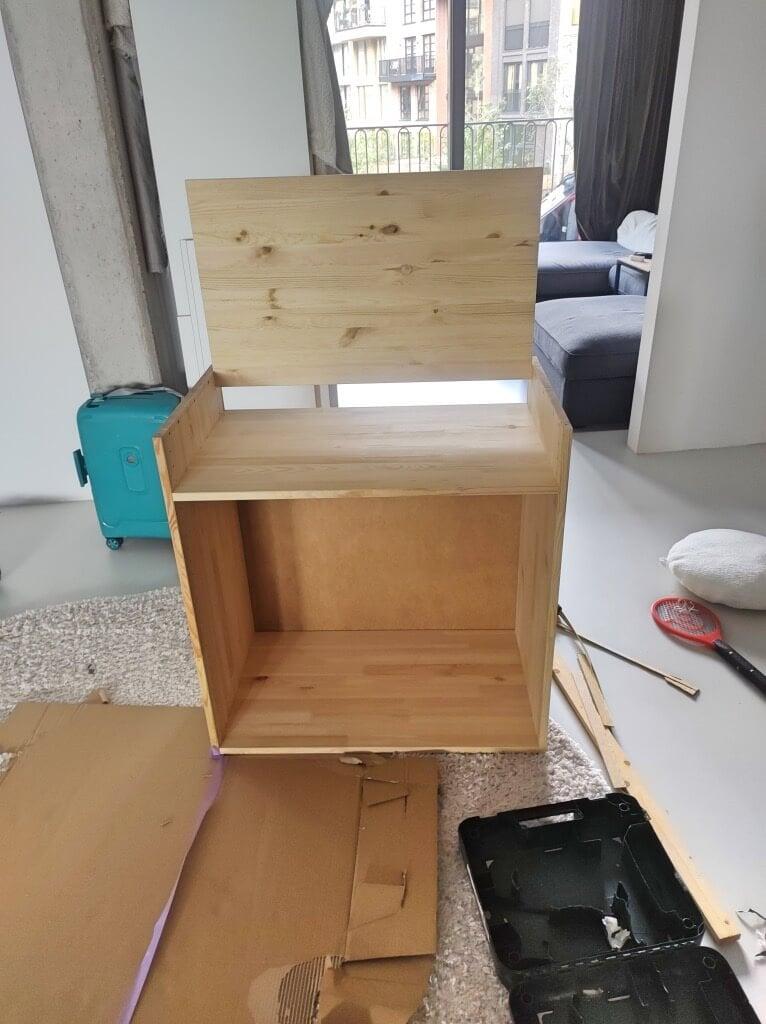 hidden IVAR Desk