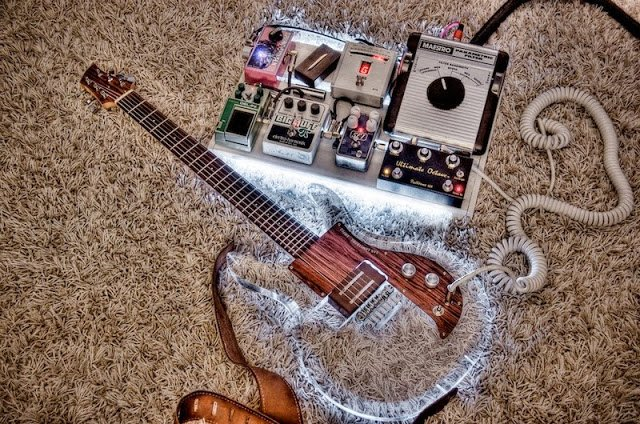 deluxe pedal board