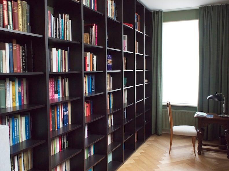 本棚ならIKEAのBILLY(ビリー)で決定!棚板・扉の追加も可