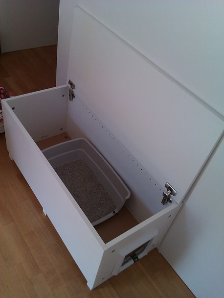 Cat litter box in a living room, why not? - IKEA Hackers - IKEA Hackers