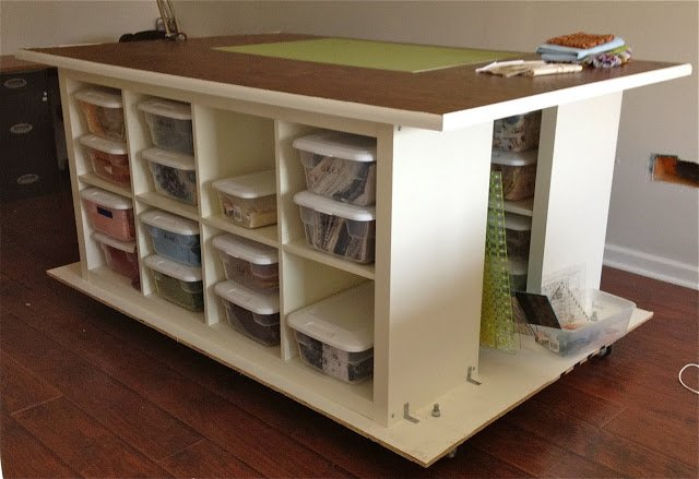 Quilters table with storage ikea hackers ikea hackers - Table basse ikea blanche ...